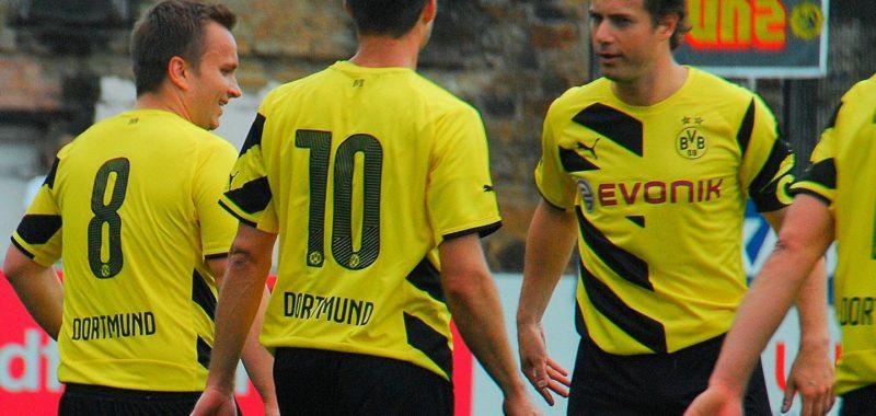 Grazian Schwoch trifft für BVB beim Sheffield FC