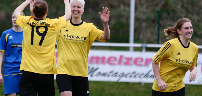 Damen feiern 3:2-Sieg beim SV Bachum/Bergheim