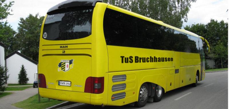Fan- und Mannschaftsbus zu den U19-Aufstiegsspielen