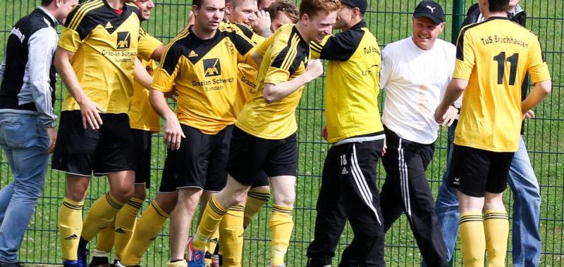 David Feininger bereitet Derby-Sieg in Hüsten vor