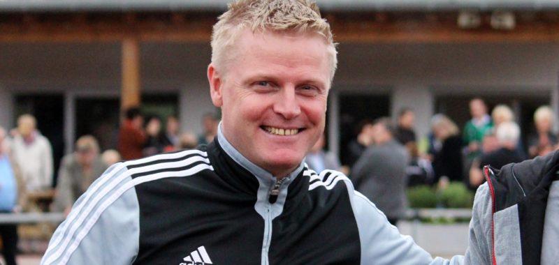 Freddy Quebbemann verlängert beim TuS 02 für Saison 2017|18