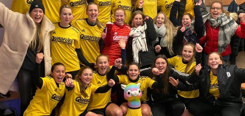 Halbfinaleinzug: Damen feiern Kantersieg in Bachum